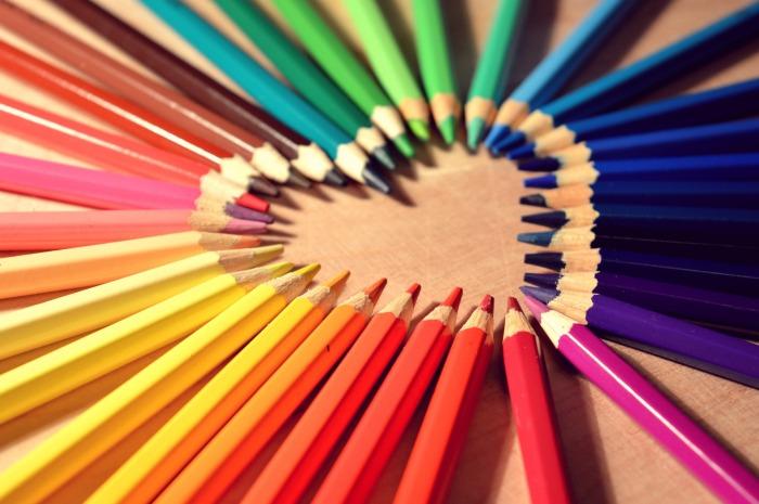 crayons-623067_1920